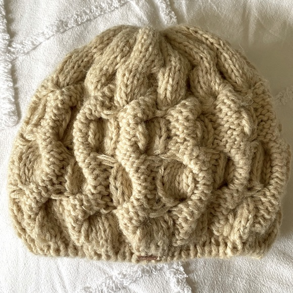 Free People knit hat in off white, ivory, cream